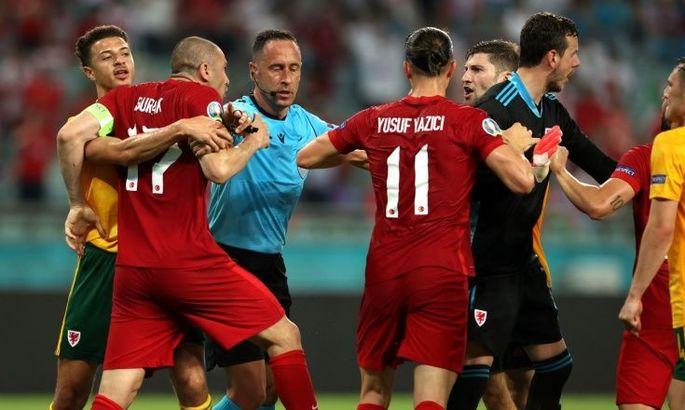 В конце матча Уэльса с Турцией произошла драка между игроками