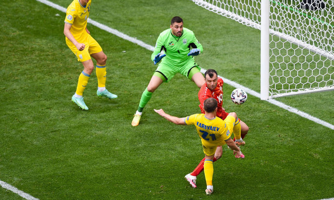 Бущан отбил пенальти, но мяч добили в ворота - ВИДЕО