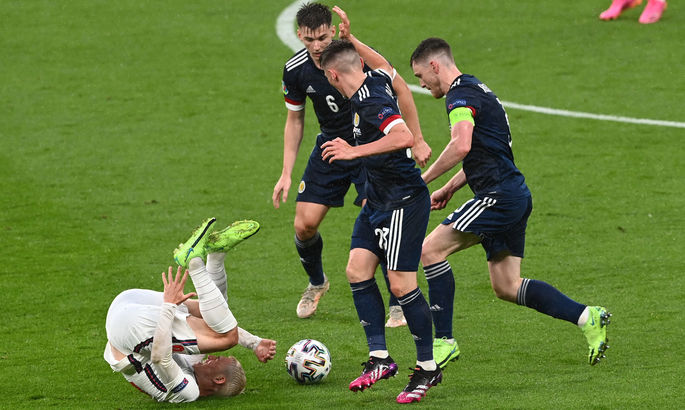 Англия - Шотландия 0:0. Эмоция не слабее структуры