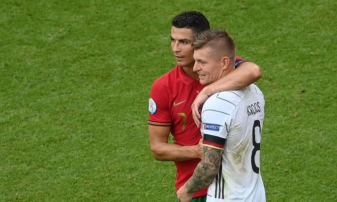 Португальские трюки. ВИДЕО эффектного момента Роналду в матче с Германией