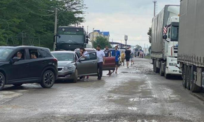 Болельщики сборной Украины застряли на границе с Румынией