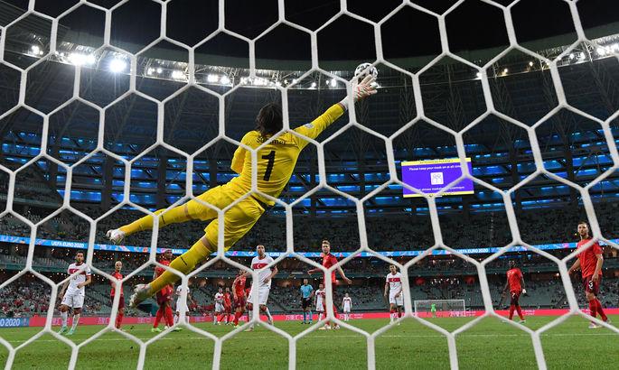 Обводящий удар Кахведжи - слабое утешение для турков. Лучший гол десятого дня Евро-2020