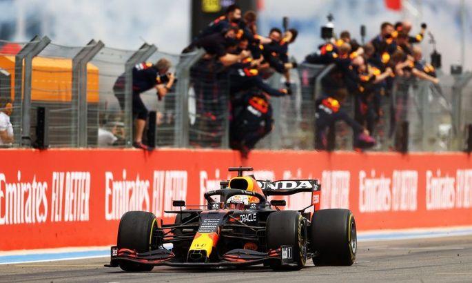 Формула-1: Ферстаппен і Ред Булл йдуть у відрив