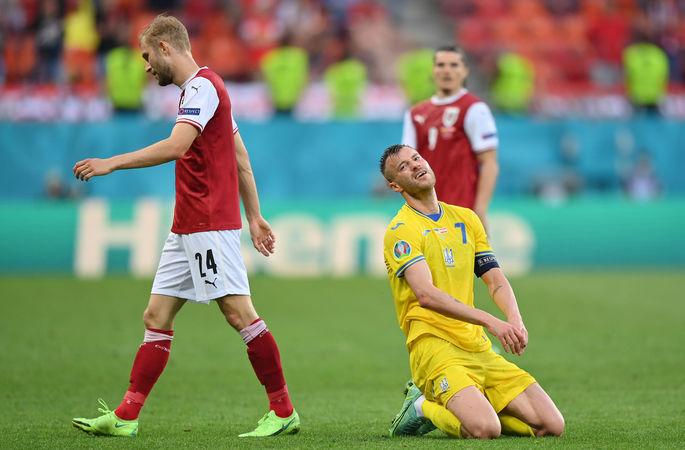 Жены игроков на матче Украины, неудержимая Дания. Лучшие кадры Евро-2020 за 21 июня - изображение 3