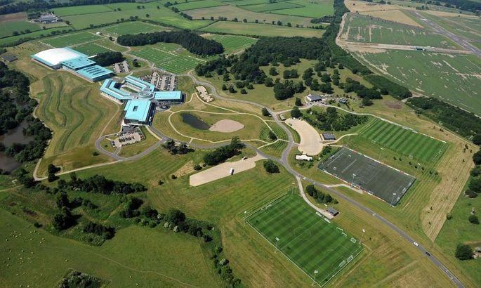Звезды сборной Англии будут изолированы в роскошном отеле со спортзалом и личным поваром. ФОТО - изображение 2