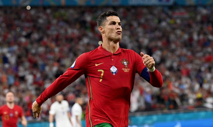 ВИДЕО, как Роналду установил рекорд по общим голами на ЧЕ и ЧМ