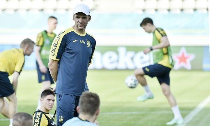 Сборная Украины начала подготовку к матчу с Швецией - ФОТО
