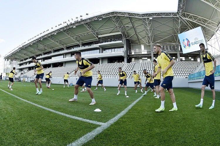 Сборная Украины начала подготовку к матчу с Швецией - ФОТО - изображение 1