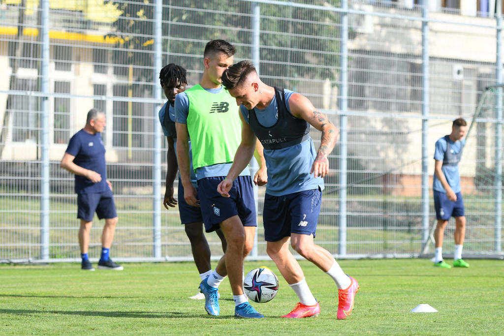 Динамо провело тренировку под руководством Луческу - фото 1