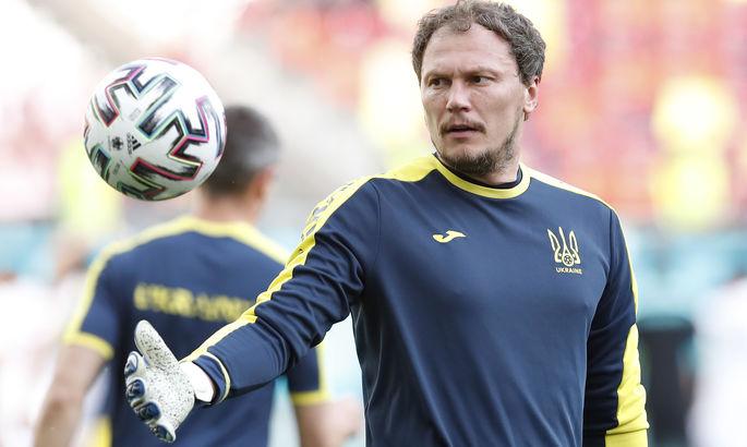 Не хватило 15 дней. Пятов стал вторым самым возрастным игроком в истории сборной Украины
