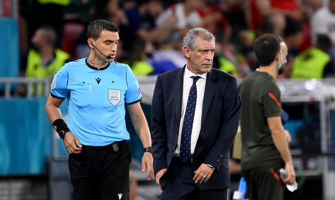Сытость, раздражение и любимчики тренера. О причинах неудачи сборной Португалии на Евро