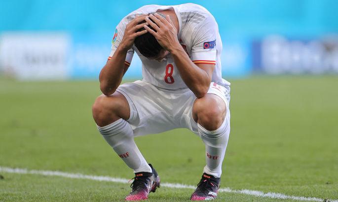 Голкипер Унаи Симон - автор первого гола в свои ворота сборной Испании на чемпионатах Европы