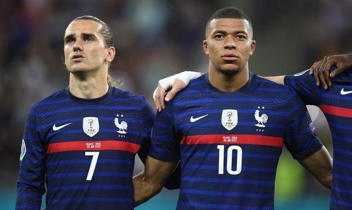 Лидеры сборной Франции Мбаппе и Гризманн перессорились во время Евро-2020