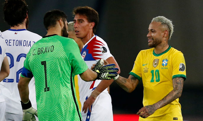 Копа Америка. Бразилия трудно выходит в полуфинал, Парагвай спасся на 90-й, но проиграл по пенальти