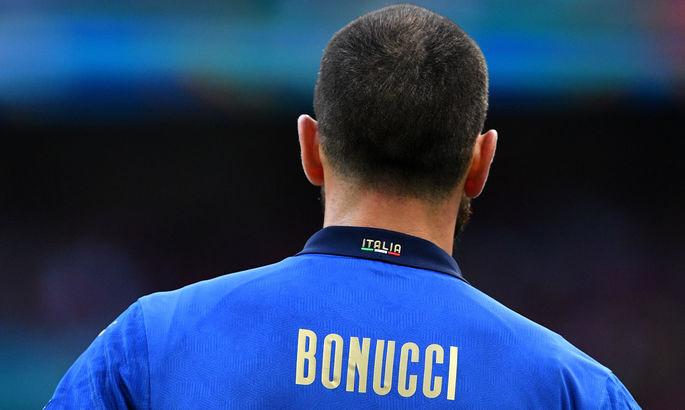 Преградила путь: стюард Уэмбли перепутала защитника сборной Италии с простым болельщиком