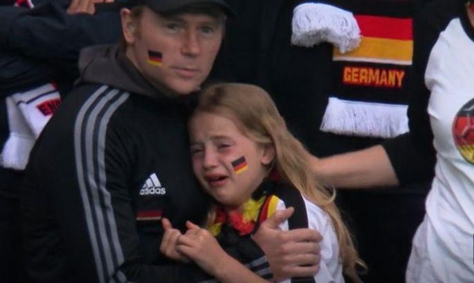 Девчонку обидели английские фанаты: британец собрал крупную сумму для маленькой немецкой болельщицы