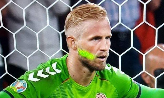 Пиротехника, гимн Дании и лазер в лицо Шмейхелю: в УЕФА открыли дело против Англии после полуфинала