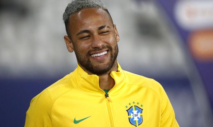 """""""Уважаю, но идите на ***"""". Неймар – о бразильских фанатах, которые болеют за Аргентину в финале Копа Америка"""