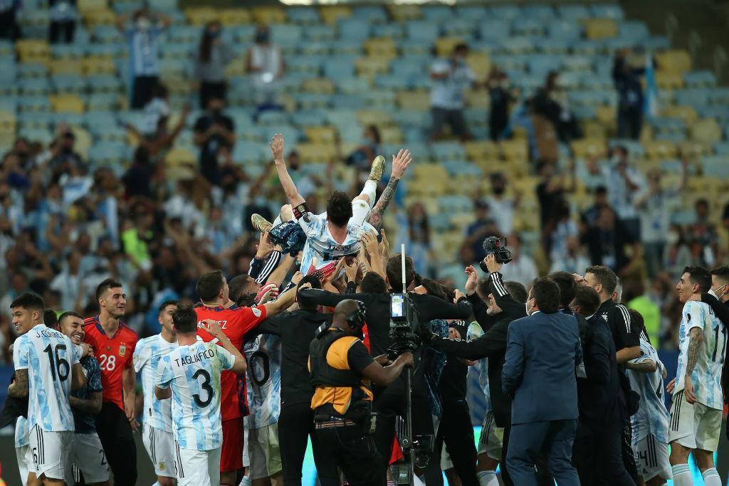 Великий триумф Месси и слёзы Неймара. Лучшие фото с финала Копа Америка - изображение 7