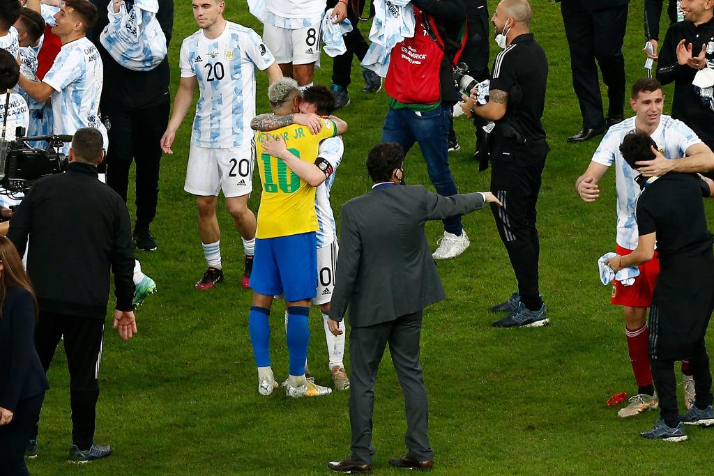 Великий триумф Месси и слёзы Неймара. Лучшие фото с финала Копа Америка - изображение 12