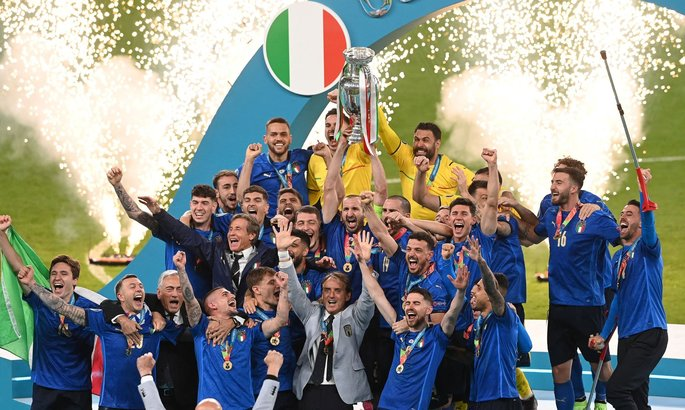 Триумф Италии, ступор в переговорах по Супряге, новый клуб Яремчука. Главные новости за 11 июля