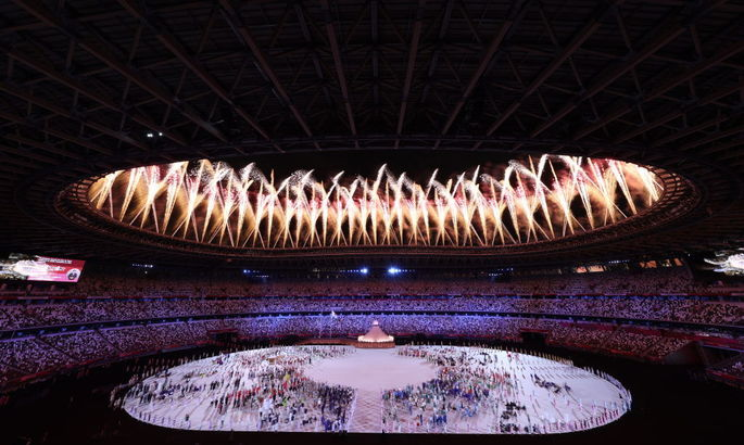Всі виходили під музику з відеоігор, Осака запалила вогонь. У Токіо відкрилися Олімпійські ігри