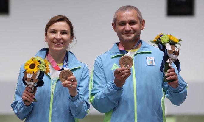 Клуб для Селезньова, підсилення Металіста, третя медаль України. Головні новини за 27 липня