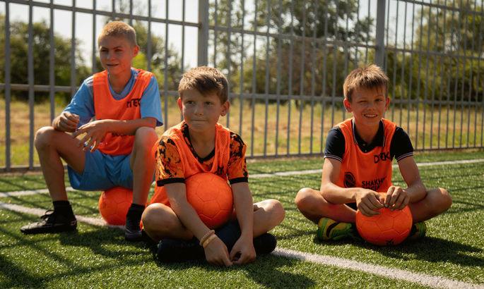 Шахтер открыл детскую футбольную площадку в Полтавской области