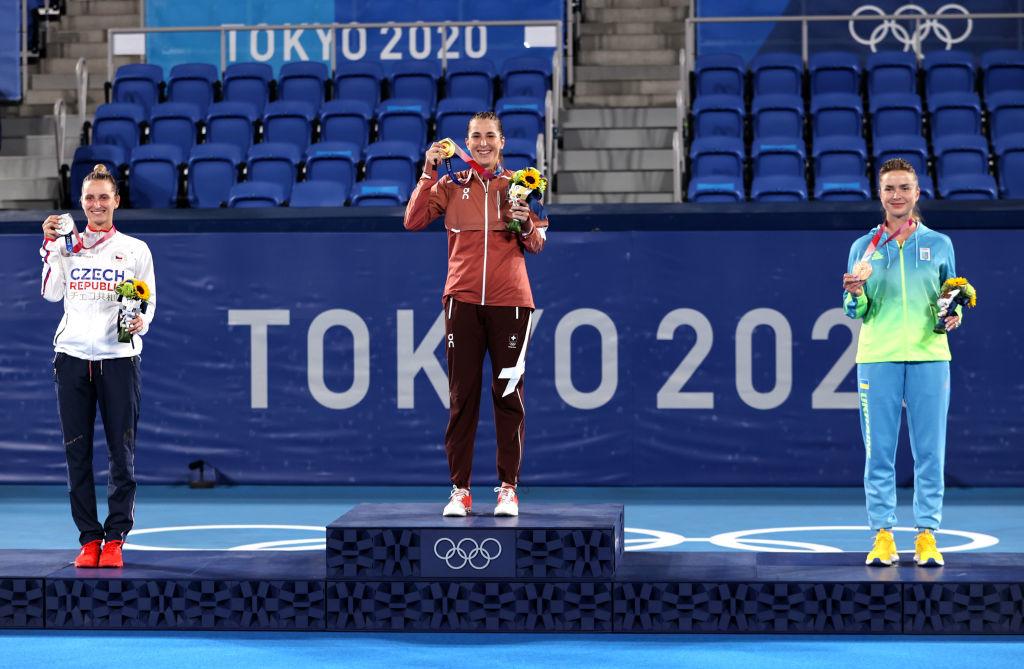 Элина Свитолина получила олимпийскую медаль: Лучшие фото из церемонии награждения - изображение 5