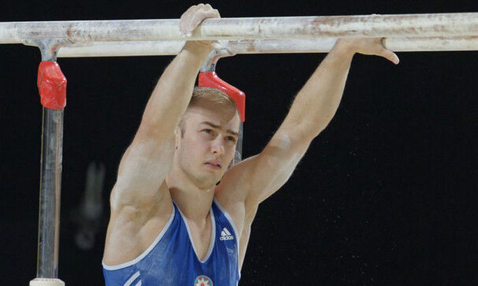 Украинец Пахнюк занял 7-е место в упражнениях на брусьях