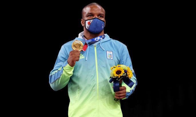 Беленюк ради благотворительности продает золотую медаль Олимпийских игр