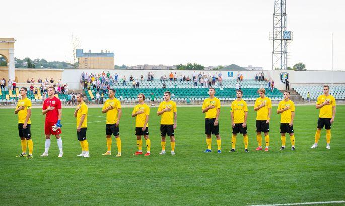 Закарпатский аутсайдер, Краматорск тянется к лидерам. Таблица Первой лиги после 4 тура