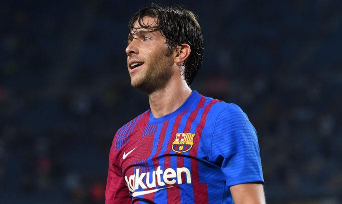 Барселона продлит контракт со своим полузащитником