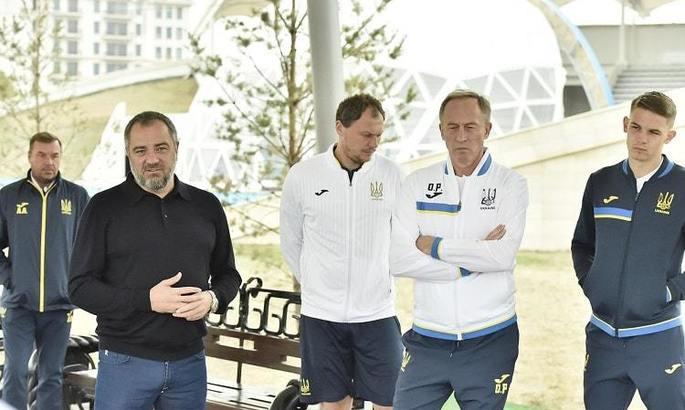 Павелко посетил лагерь сборной Украины перед матчем с Казахстаном