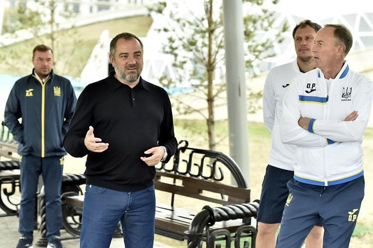 Павелко посетил лагерь сборной Украины перед матчем с Казахстаном - изображение 1