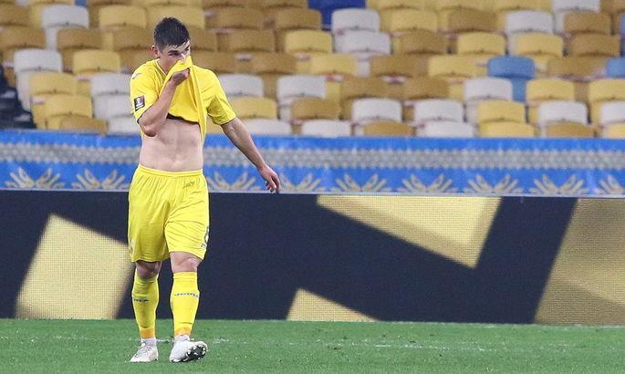 Игроки сборной не поддерживают Малиновского в ситуации с Петраковым - источник