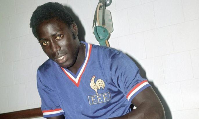 Экс-игрок сборной Франции скончался после почти 40 лет пребывания в коме