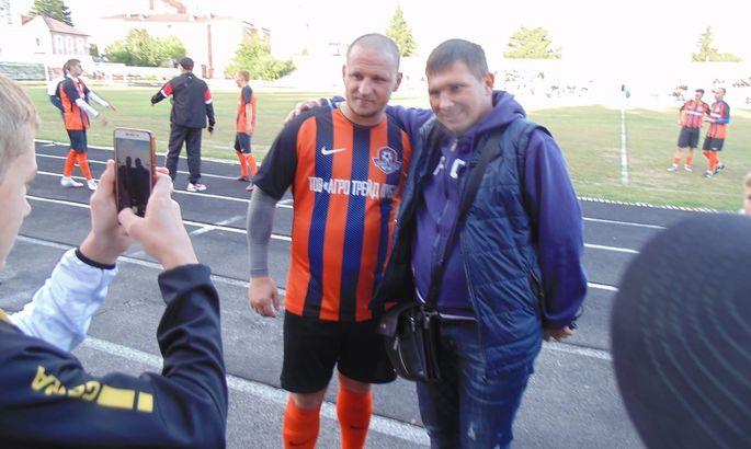 В цветах Шахтера: Алиев забил два гола в матче на чемпионат района