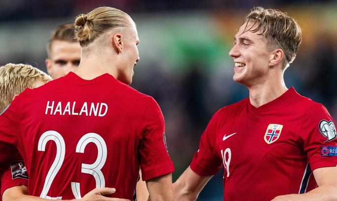 Відбір на ЧС-2022. Сербія оступається, Голанд громить Гібралтар, Австрія знову програє