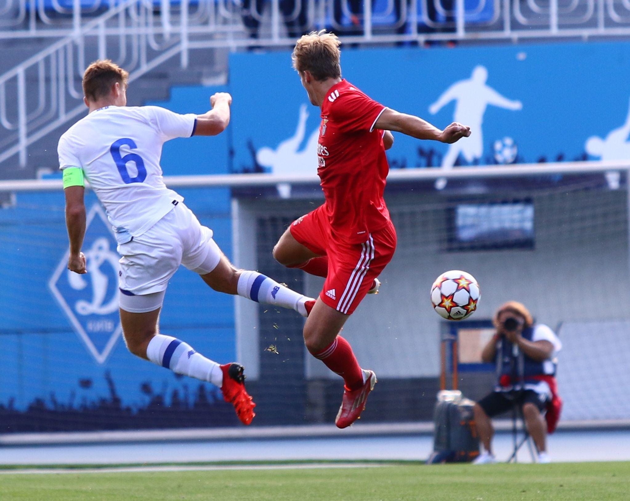 Отличный старт! ФОТО репортаж с матча Юношеской лиги УЕФА Динамо - Бенфика 4:0 - фото 13
