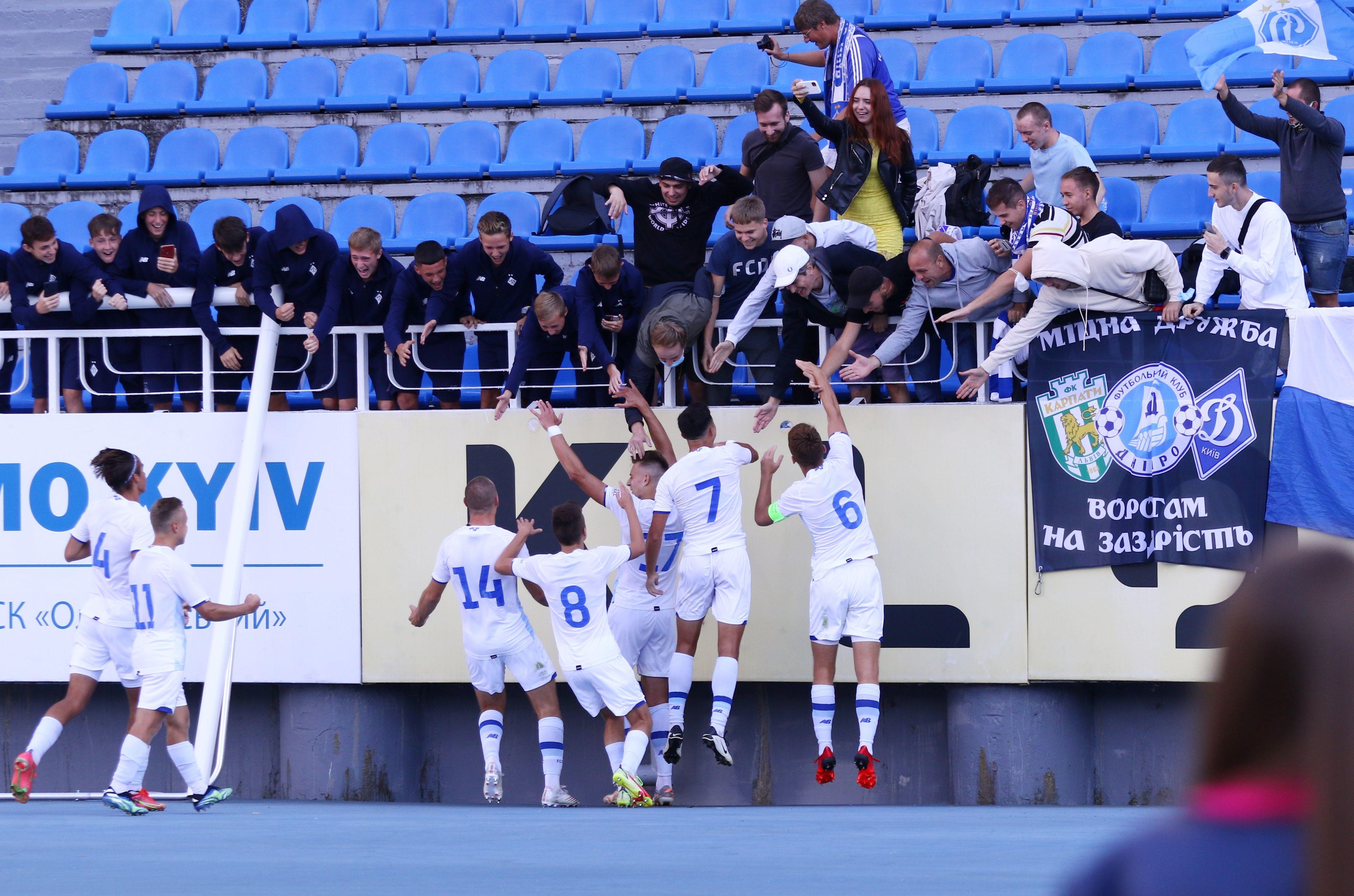 Отличный старт! ФОТО репортаж с матча Юношеской лиги УЕФА Динамо - Бенфика 4:0 - фото 22