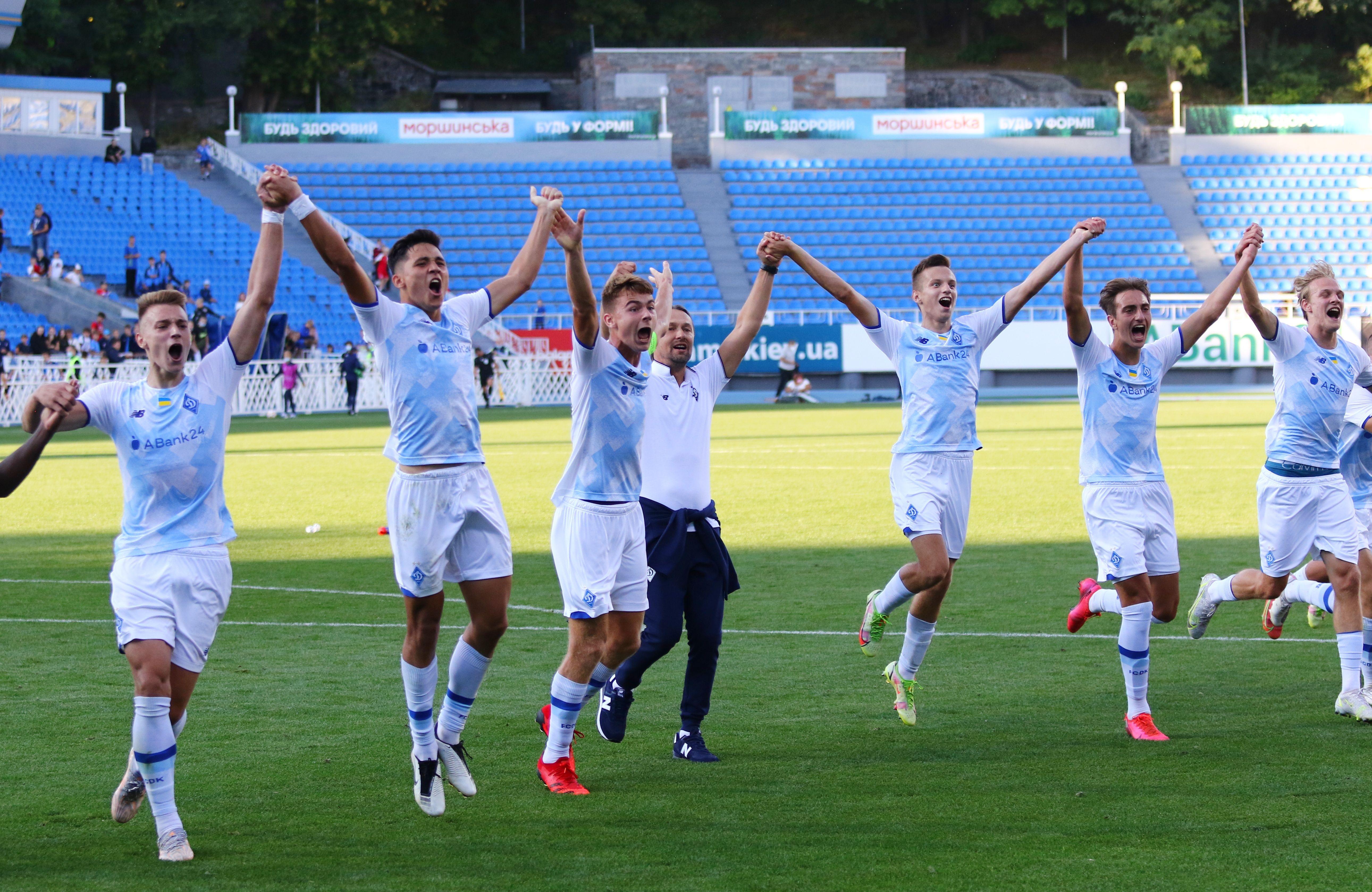 Отличный старт! ФОТО репортаж с матча Юношеской лиги УЕФА Динамо - Бенфика 4:0 - фото 27