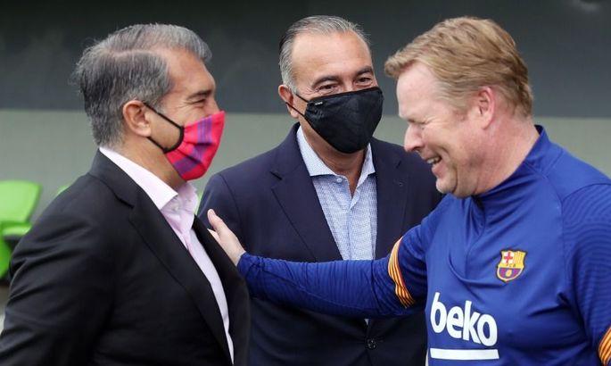 Куман и Лапорта напряженно поговорили после разгрома Барселоны от Баварии