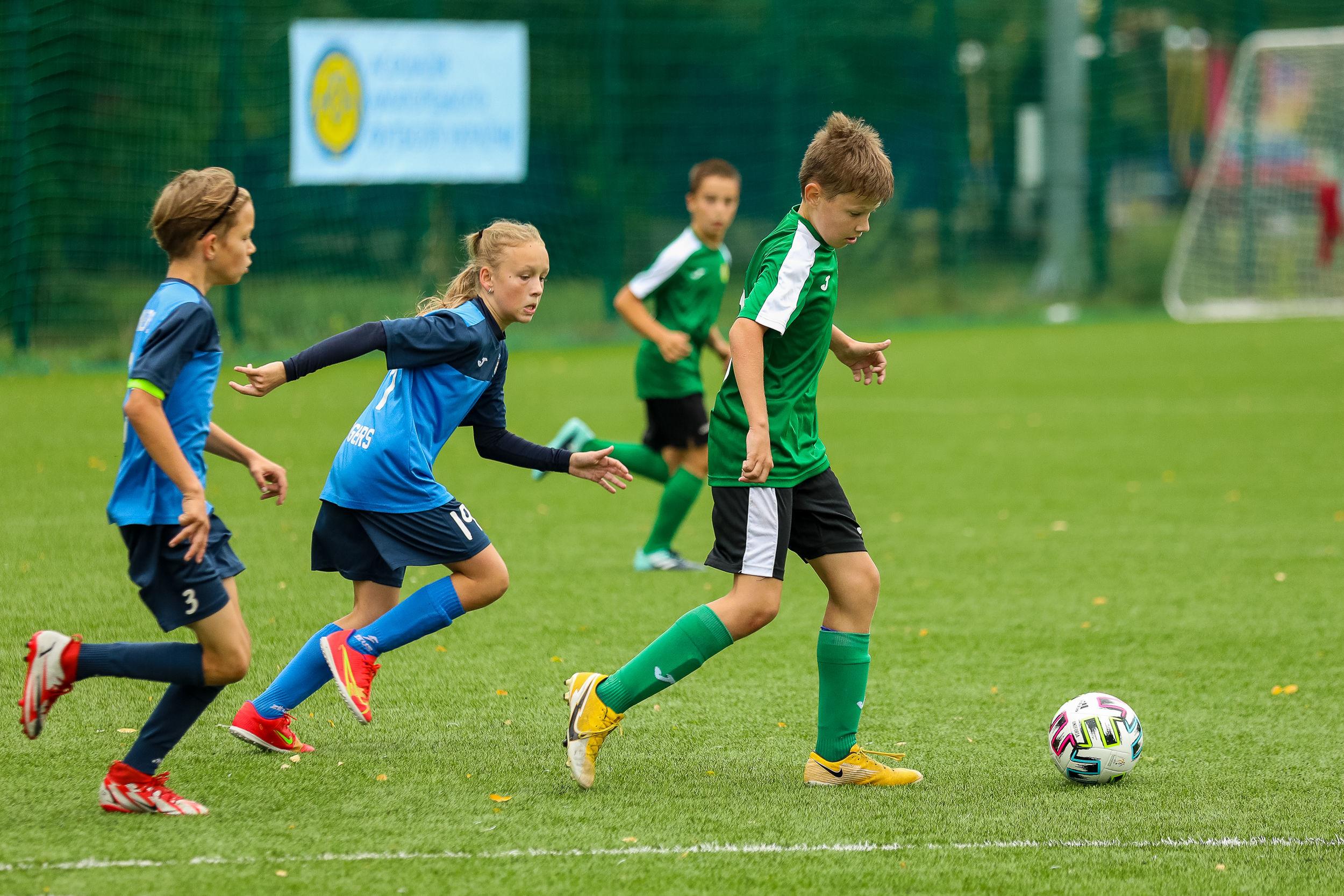 В Броварах відбувся дитячий турнір пам'яті відомого футбольного мецената Федора Шпига - фото 2