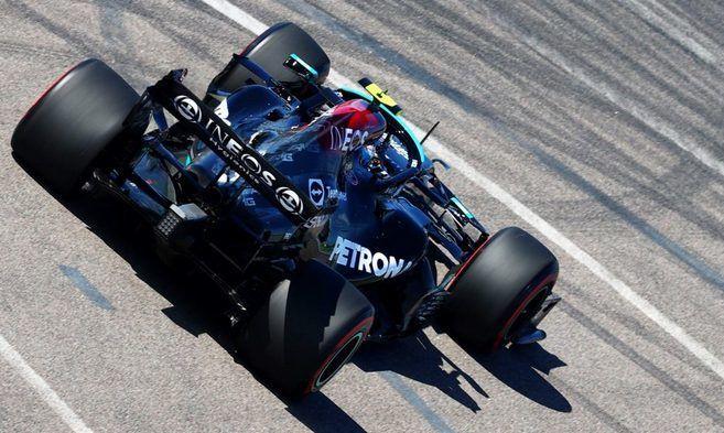 Боттас выиграл первую практику на Гран-при России