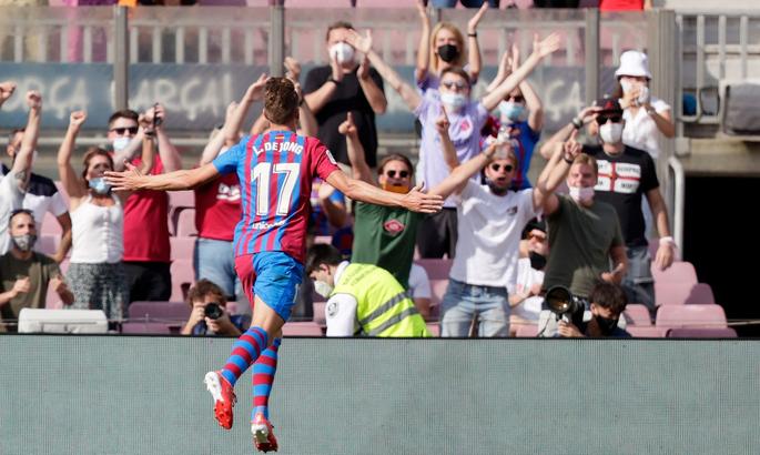 Люк де Йонг забил первый гол за Барсу. Для этого голландцу понадобилось 4 матча