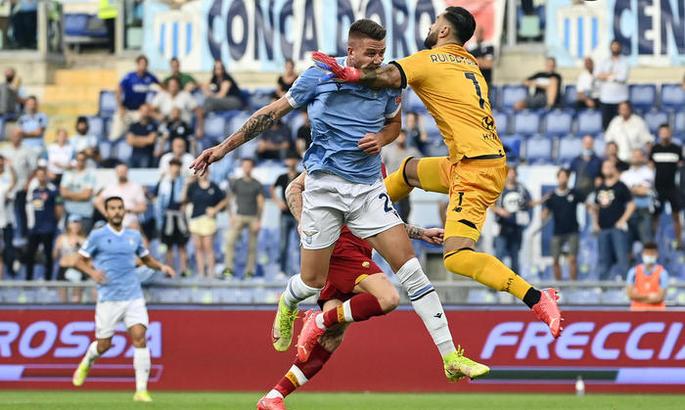 Серия А. Лацио - Рома 3:2. Победа Сарри над Моуриньо благодаря Индзаги