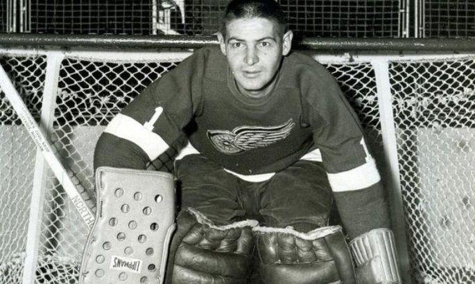 Вратарь с лицом Франкенштейна. Какой ценой украинский хоккеист стал звездой NHL? ВИДЕО