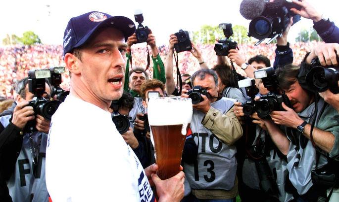 Могильщик Динамо пил и дрался в барах, а сейчас зарабатывает стендапом. Марио Баслер - герой не нашего времени