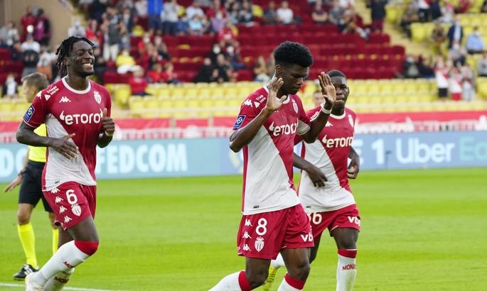 Лига 1. Монако громит Бордо,Анже вырвал победу у Меца
